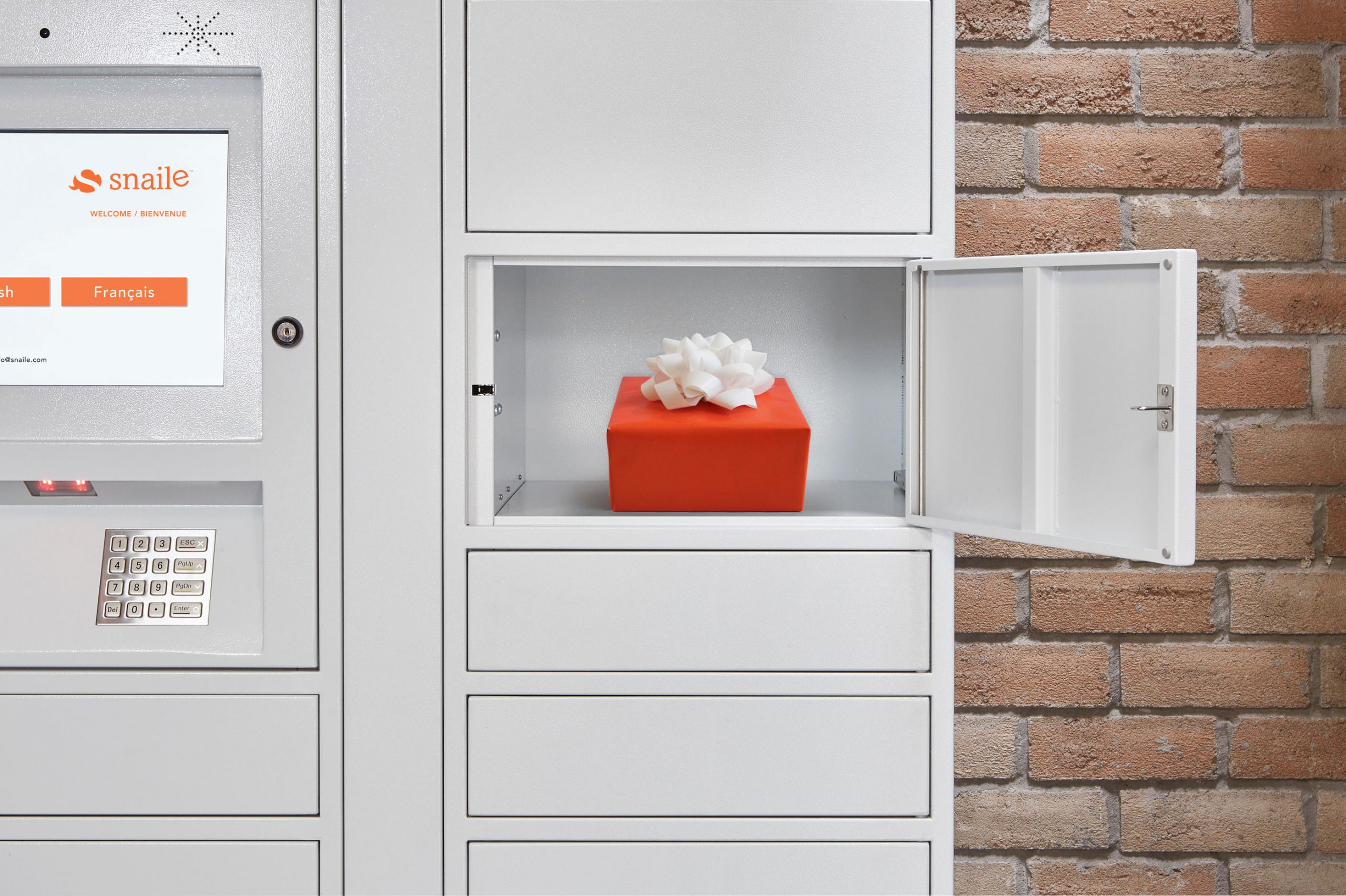 Commercial Smart parcel lockers