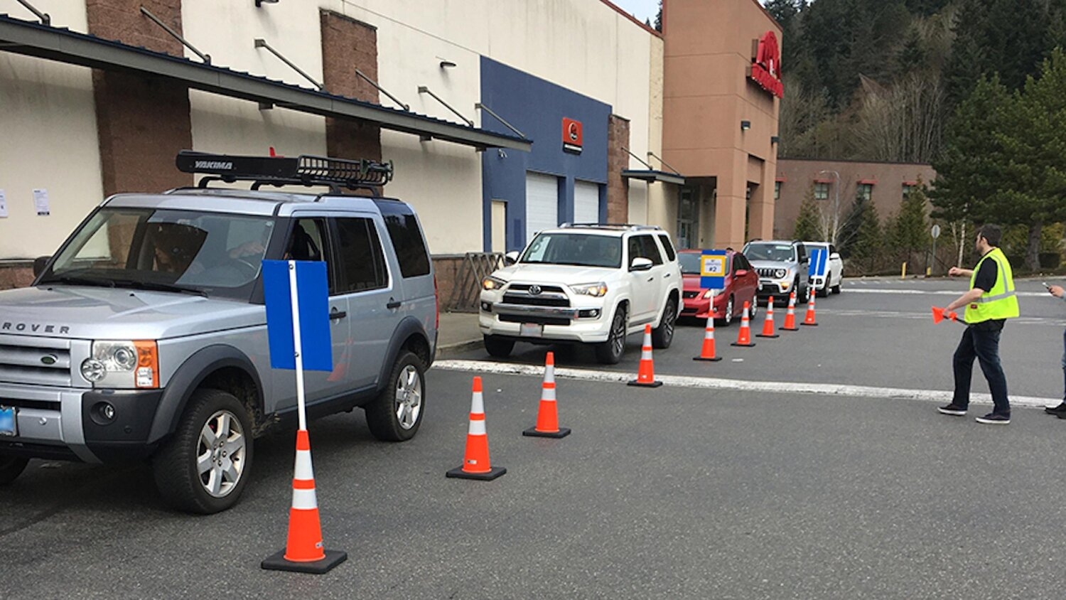 Improving Curbside Pickup in Canada